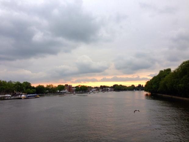 Thames Sunsey
